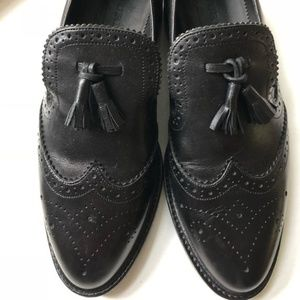 Burberry black leather loafer